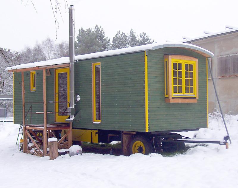 Wohnwagen-Prototyp mit zweischaliger Dachkonstruktion und Zinkdach